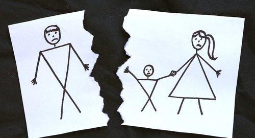 Las claves para evitar conflictos entre progenitores en el reparto de las vacaciones escolares